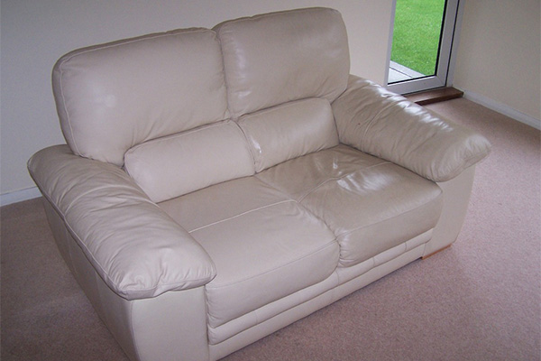 Beverly Hills upholstery cleaners offer a variety of cleaning services.