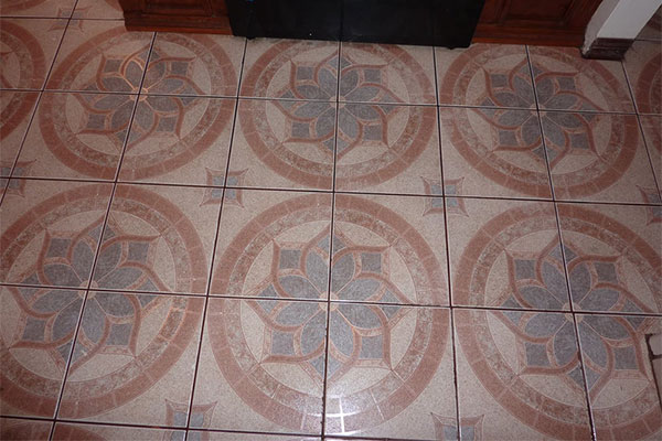 Brentwood tile & grout cleaning is provided by Pacific Carpet Care.